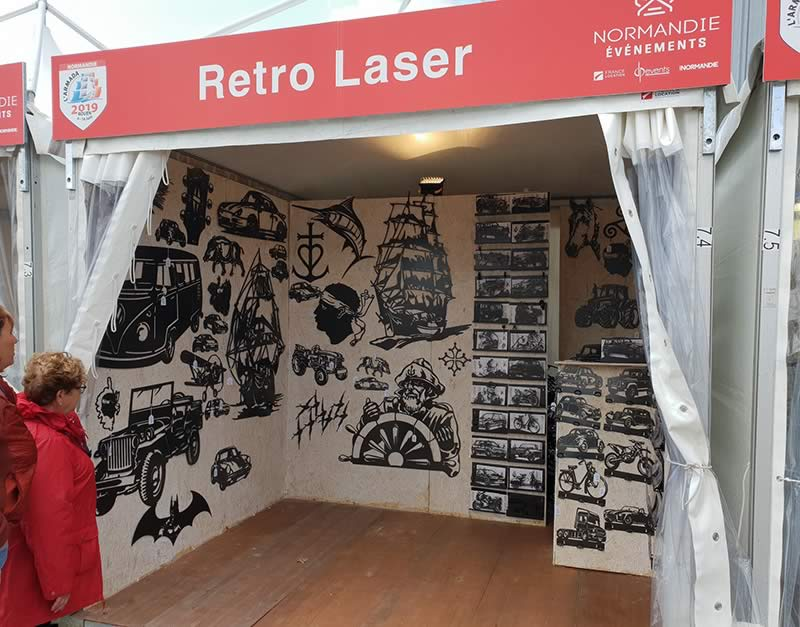 stand-retro-laser